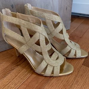 Gold Marc Fisher sandals, like new, size 8